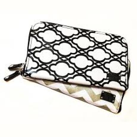 ADORN – Women's Travel Zippered Cosmetic Bag – Monochrome Design